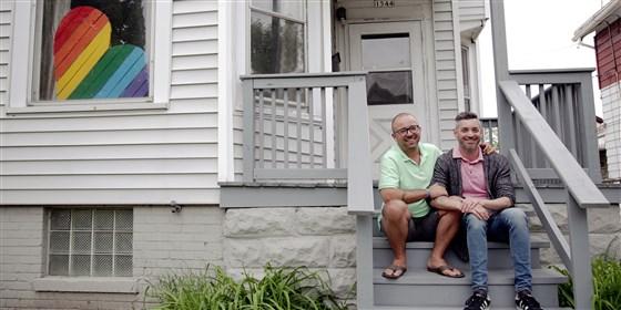 Pareja gay crea refugio para jóvenes LGBT sin hogar