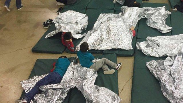 Más de 70 mil niños retenidos en Estados Unidos