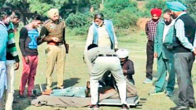 En la india quemaron a un adolescente para restaurar el honor de una familia.