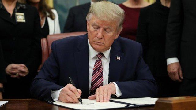 Donald Trump firmó Ley de crueldad animal