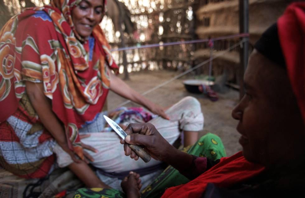 Mutilación Genital Femenina Cortarse Para Llegar Virgen Al Matrimonio