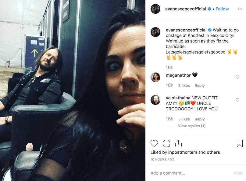 Evanescence esperando para tocar en el Knotfest