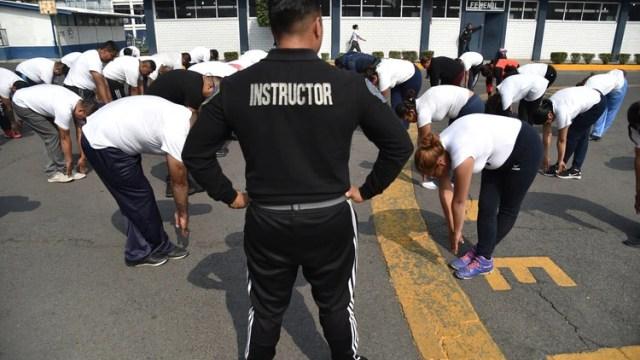 Pesos Por Kilos Perdidos En Cdmx Pagan A Policias Por Hacer Ejercicio