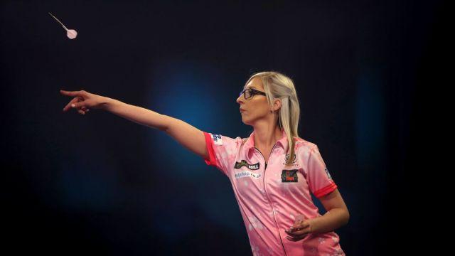 Fallon Sherrock Se Convierte En Primer Mujer En Ganar a Un Hombre En El Mundial De Dardos