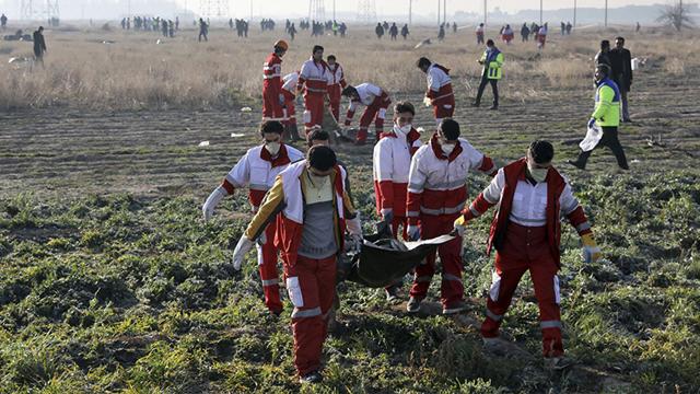 Restos del avión de Ucrania derribado en Iran