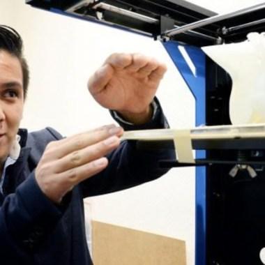 Alumno de la UNAM crea impresora 3D de huesos biodegradables.