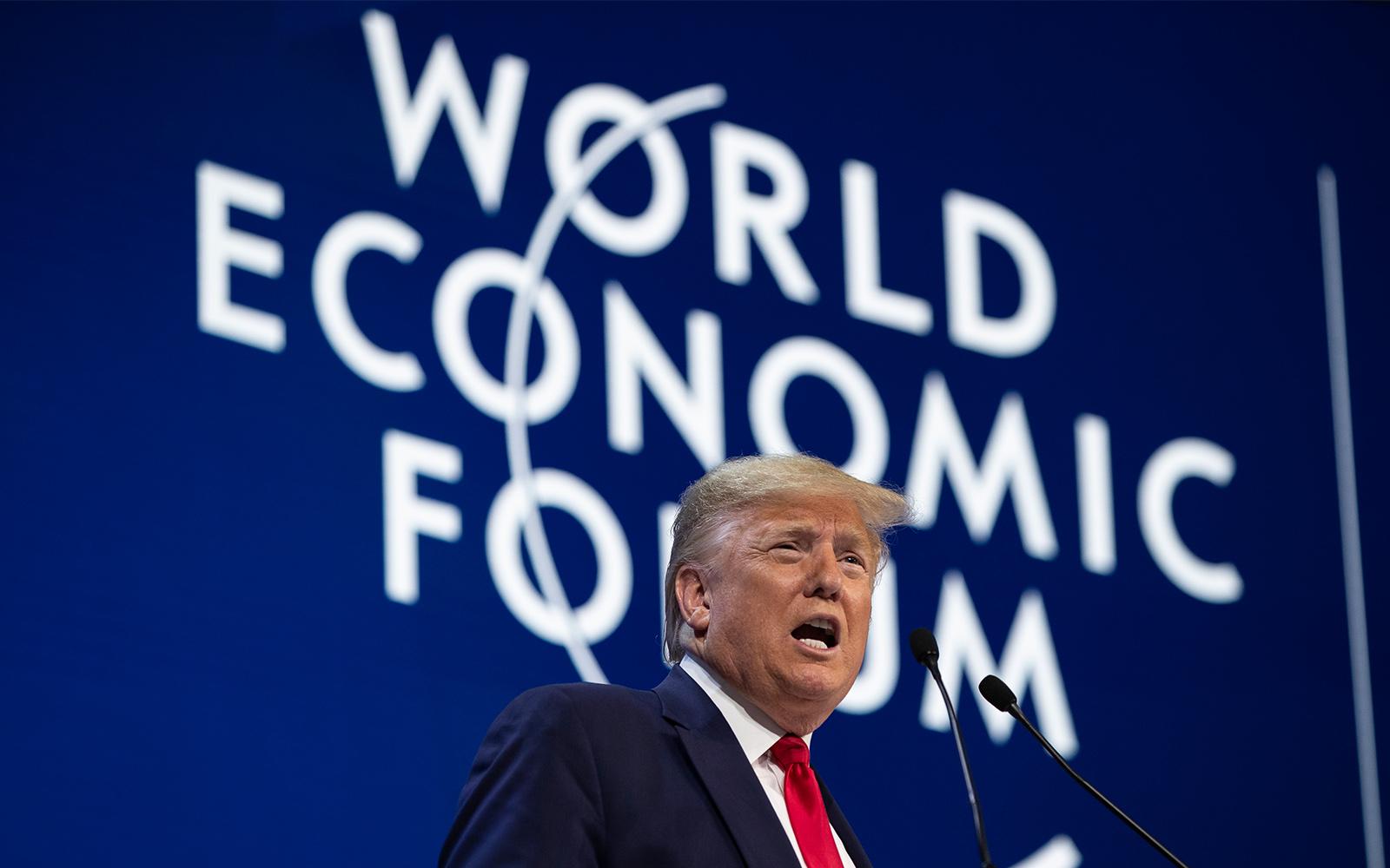 """Donald Trump Llama a Los Activistas """"Profetas De La Destrucción"""""""
