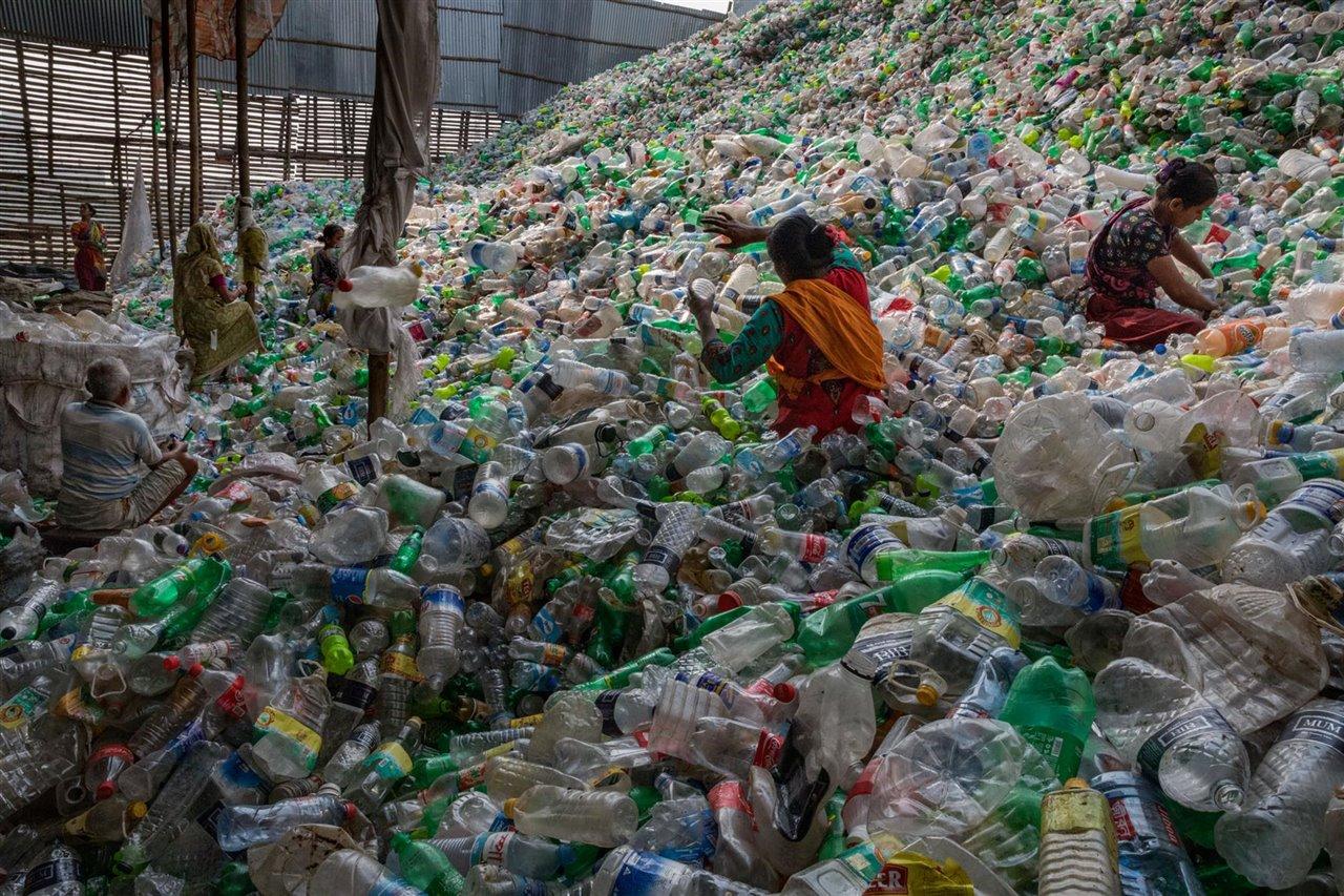 China prohibirá las bolsas y productos plásticos de un solo uso.