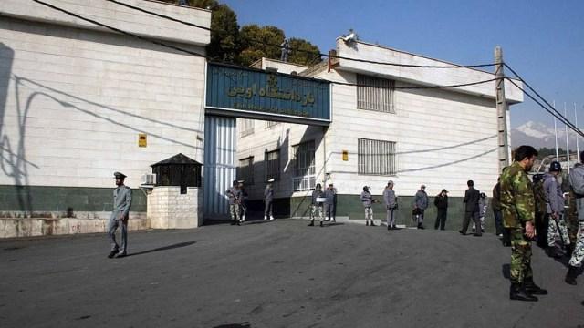Irán libera a presos políticos en prisiones por coronavirus