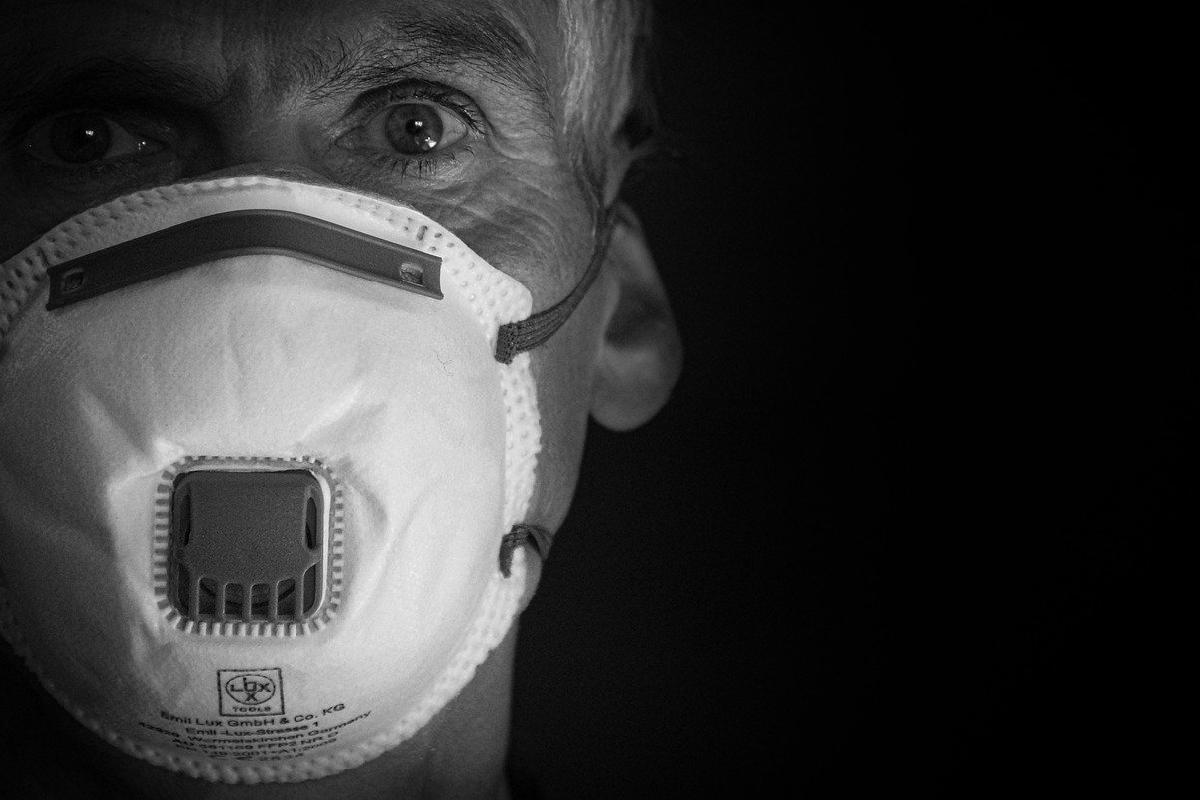 Porfesor, Creo, Respirador, Enfermos Coronavirus