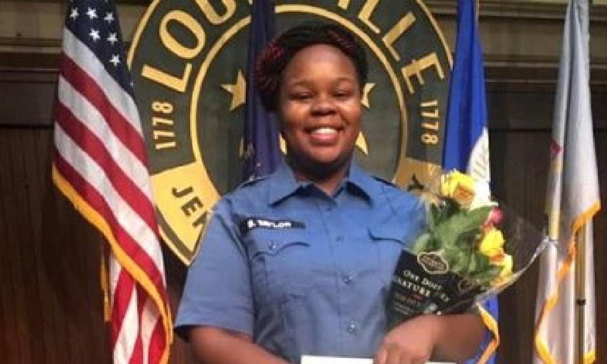 Breonna Taylor, Victima, Brutalidad Policiaca, Racismo