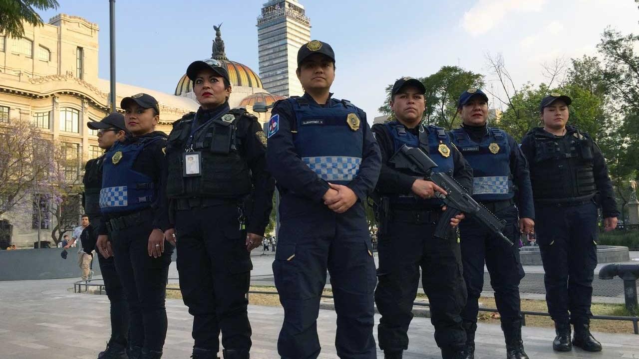 ¡Un, dos, tres por el manchado! Policías de CDMX tendrán identificador en marchas