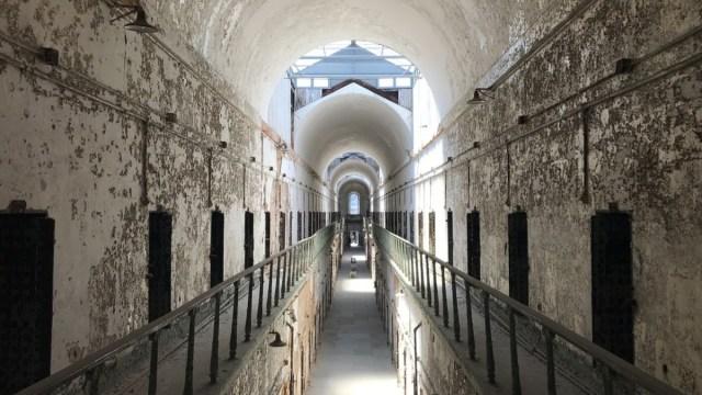 Breve historia de la cárcel... Y cómo es que hay tanta gente en la cárcel