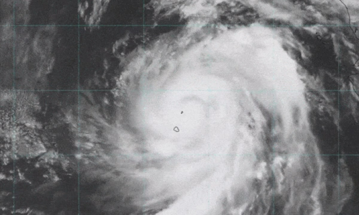 La tormenta Elida se fortaleció como huracán de categoría 2 y una imagen desde el espacio muestra su poder