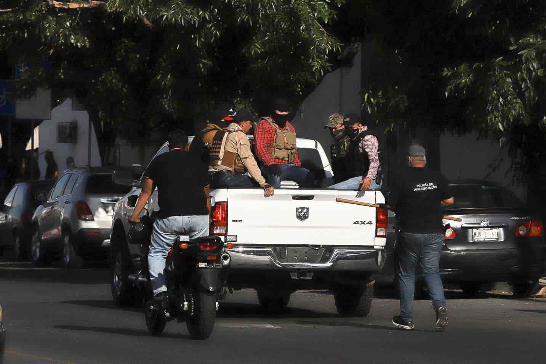 Liberan a tres policías de Jalisco que levantaron a manifestantes