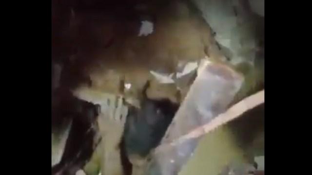 La pequeña pasó 24 horas bajo los escombros y en video quedó capturado el rescate de una niña tras explosión en Beirut, Libano, Captura De Pantalla