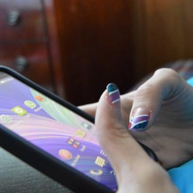 Vecinos CDMX crean grupos Whatsapp contra delincuentes