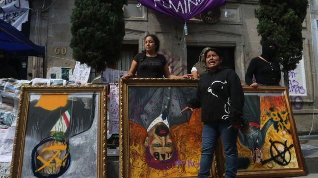Medios magnifican okupa en la CNDH, critica AMLO
