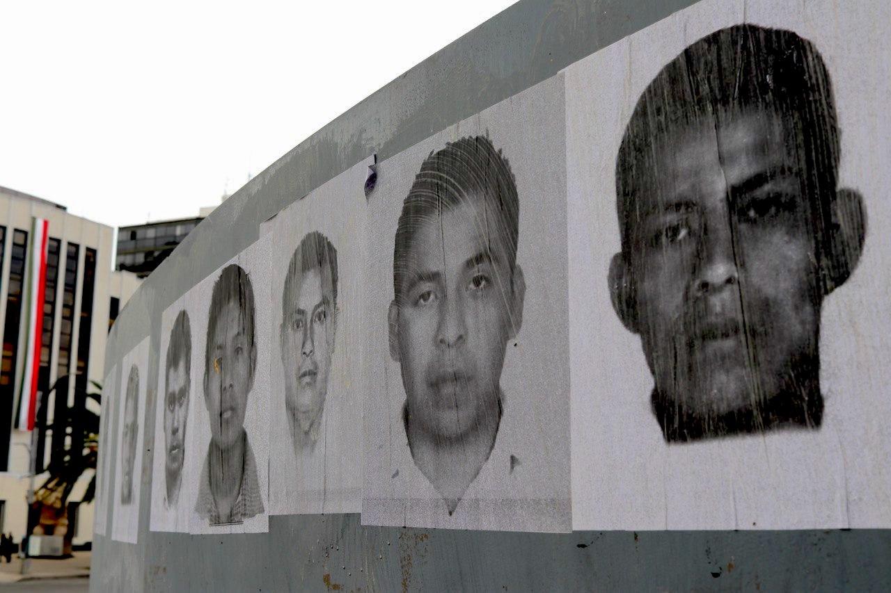 Fotogalería: Marcha por los 6 años de la desaparición de los normalistas de Ayotzinapa