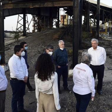 El presidente de México, AMLO, aseguró que las energías limpías son un sofisma y lo que lo que se necesita es comprar más carbón