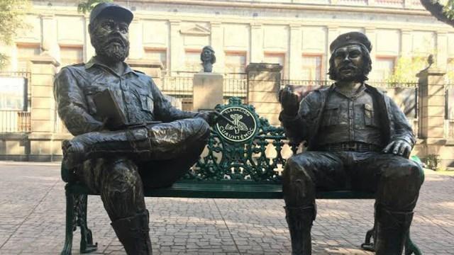 La propuesta del diputado del PAN Jorge Triana de quitar las estatuas de Fidel Castro y el 'Che' Guevara fue rechazada