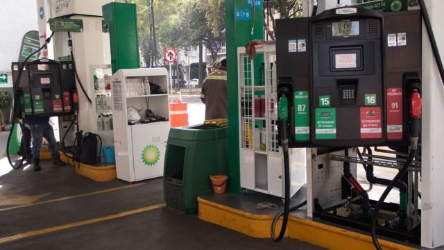A partir del 8 de octubre entraron en vigor las normas para evitar robo de gasolina Gasolineros amenazan con plantón