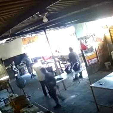 El supuesto extorsionador estaba cobrando dos mil pesos semanales para dejar al negocio operar con normalidad en Nuevo León