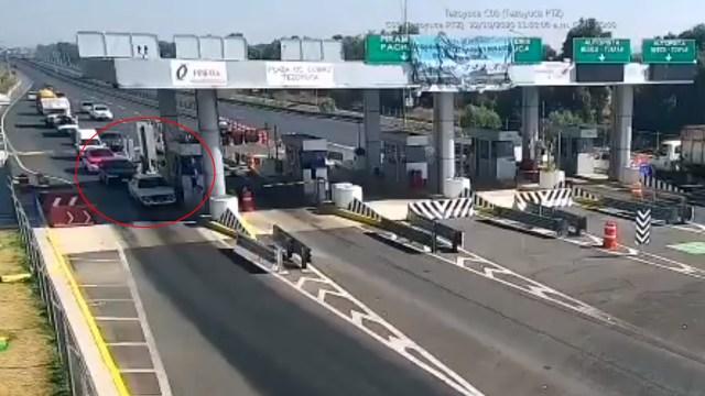 El video registra el momento en que mujer es asesinada a balazos. Los hechos ocurrieron en una caseta de la autopista Ecatepec-Pirámides