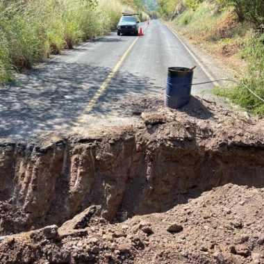 Trozan carretera CJNG Michoacán