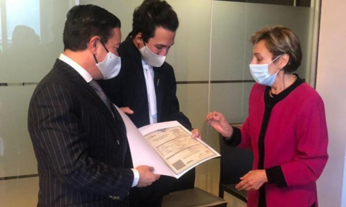 Embajada de México en España celebra matrimonio homosexual y registro homoparental
