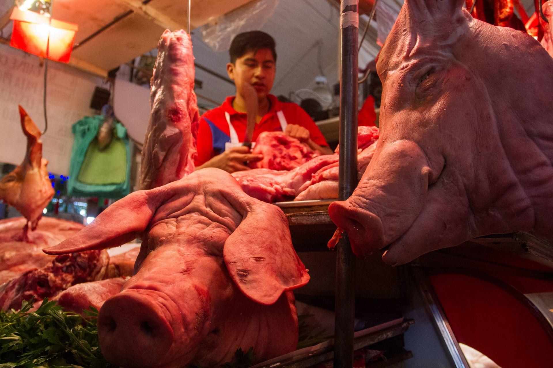 Carne de cerdo ébola