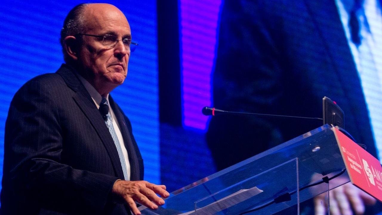 Rudolph Giuliani hospitalizado COVID-19