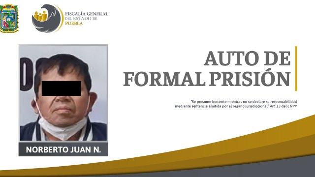 En Puebla, Norberto Juan 'N' fue detenido por la violación de sus dos hijastras. El padrastro abuso en repetidas ocasiones de las menores