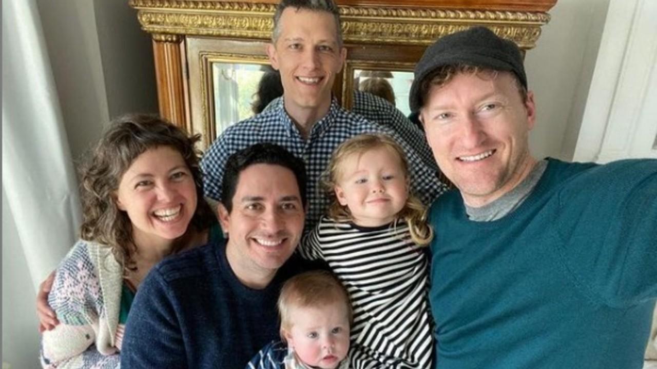 reconocen familia poliamorosa California Estados Unidos