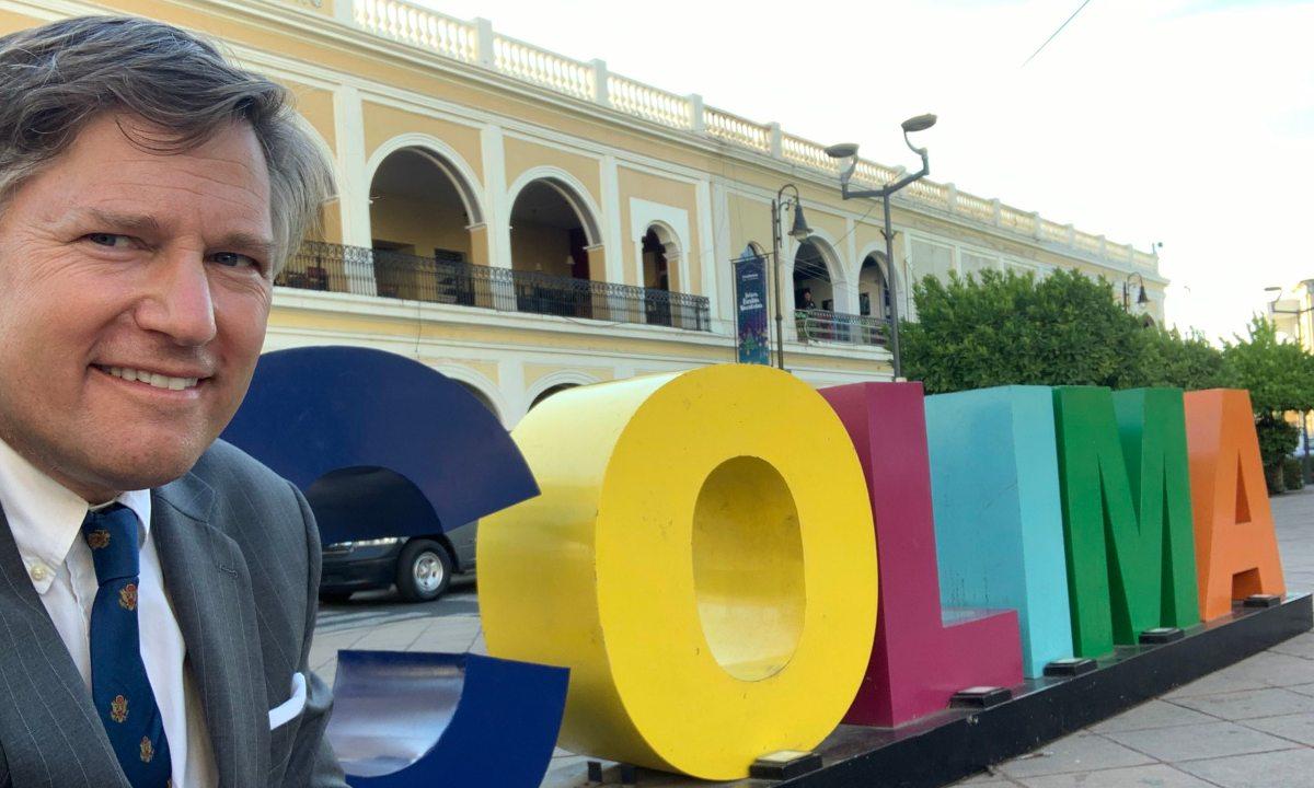 Christopher Landau deja embajada de México