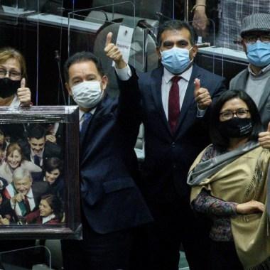 Diputados de Morena solicitan prioridad para recibir vacuna contra el Covid-19