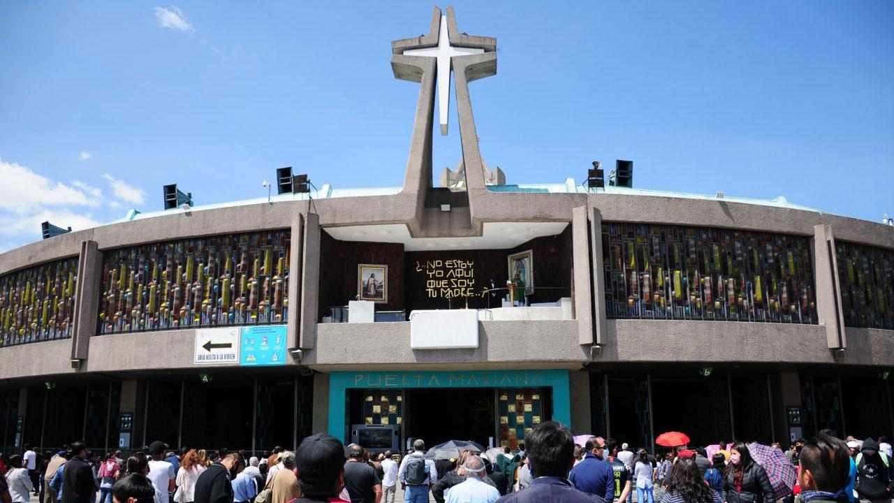 """El censo 2020 del INEGI reveló una disminución de católicos en México, Iglesia asegura que se debe a """"desgaste moral"""""""
