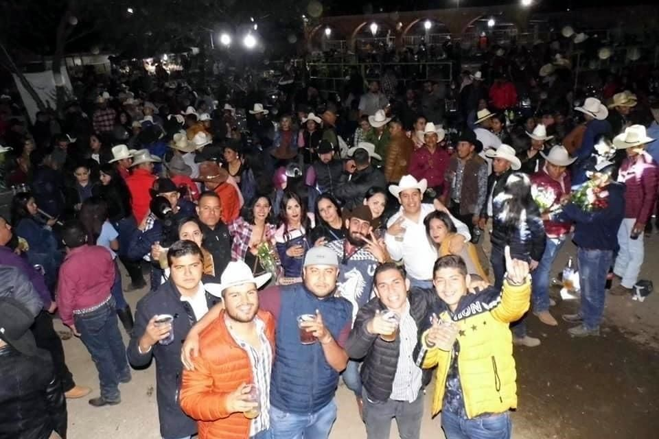 Jalisco: arman jaripeo masivo durante pandemia