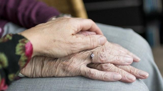 Mujer de 86 años padece gangrena tras contagiarse de Covid-19