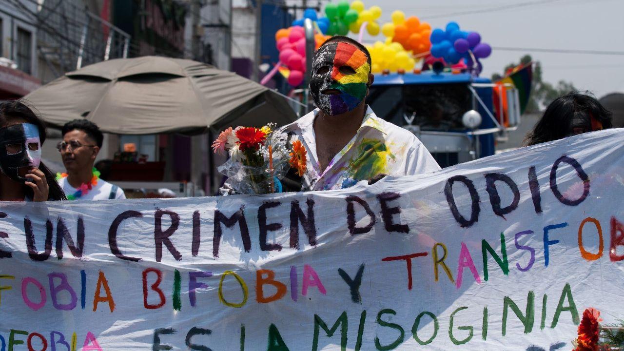 Proponen Senado tipificar castigar homicidio por homofobia hasta 60 años de cárcel