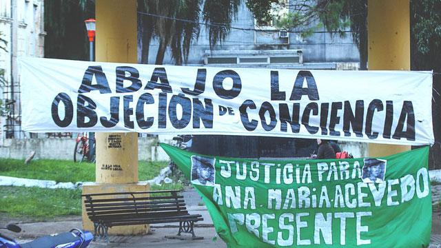 En Argentina, algunos doctores están apelando a la objeción de conciencia para no practicar los abortes, aunque haya entrado en vigor la ley