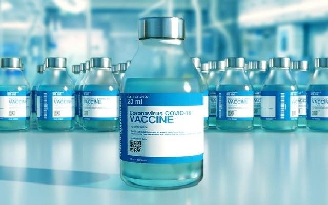 AMLO negó fines electorales durante la vacunación de adultos mayores