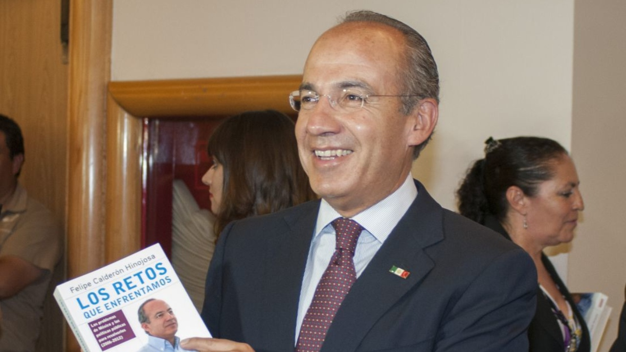 Emilio Ruggerio enfrento a Felipe Calderon