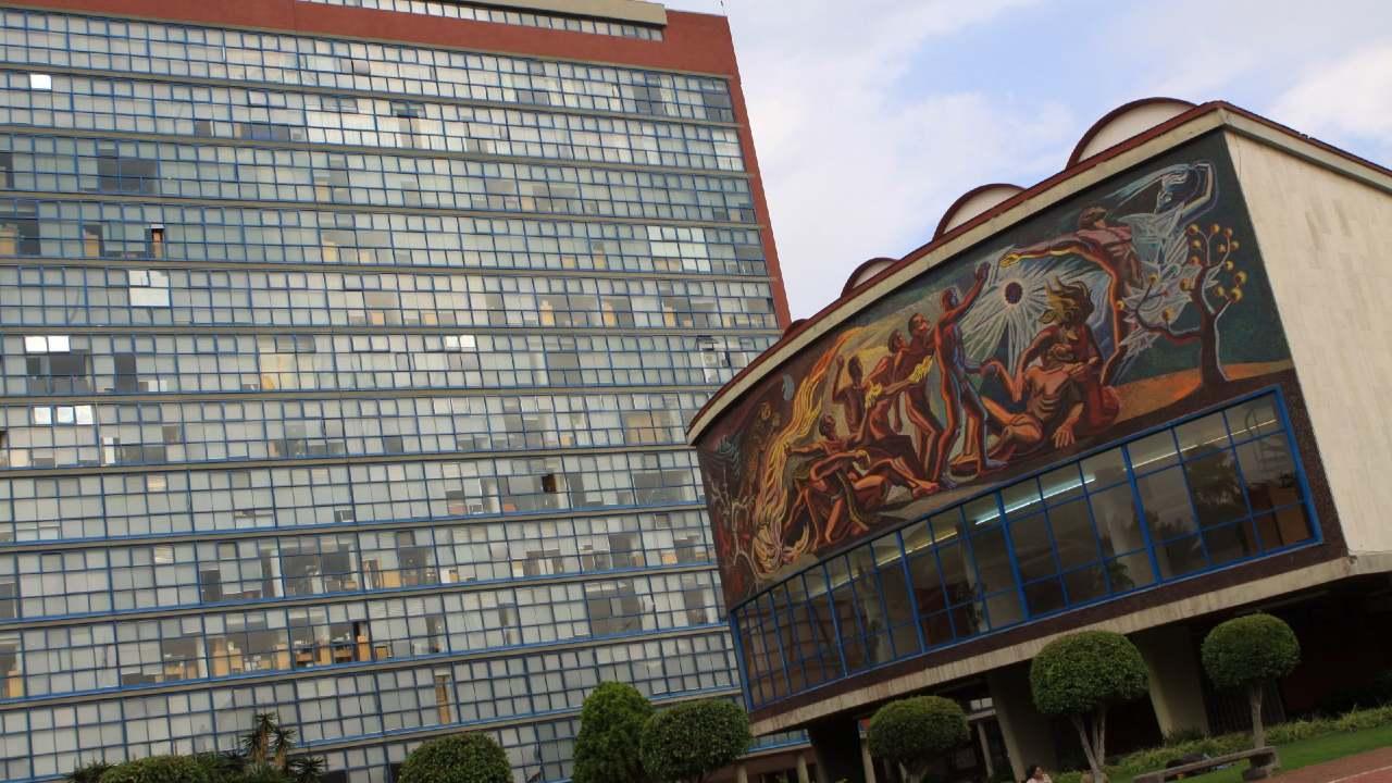 estudiantes no recibieron título profesional UNAM 2020