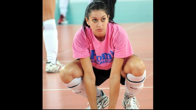 Club italiano voleibol demanda jugadora voleibol quedar embarazada