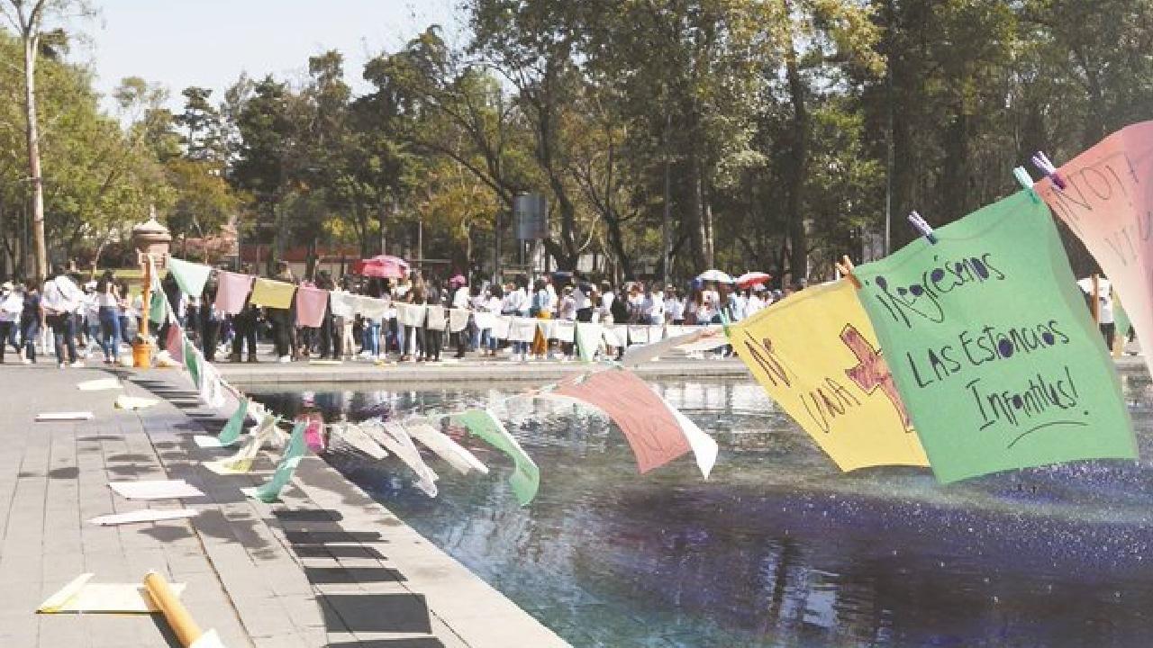 CDMX: colectivos feministas protestaron contra la violencia de género