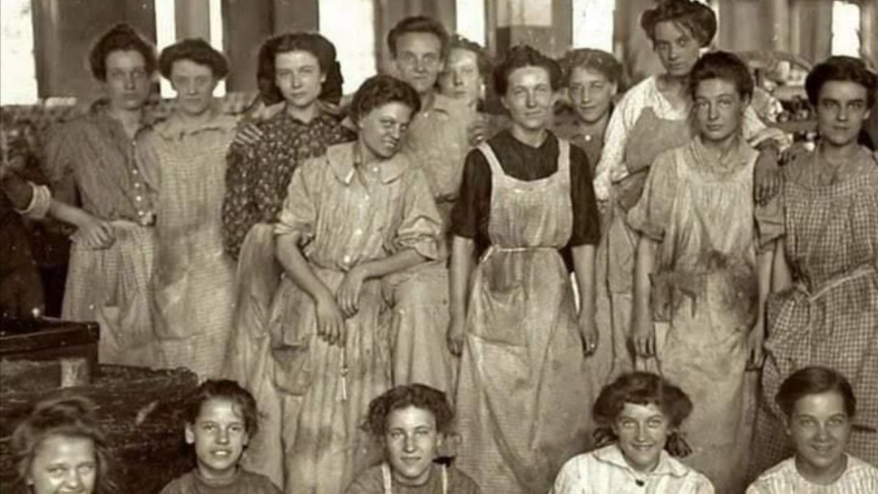 Por qué no debes felicitar a las mujeres en el 8 M