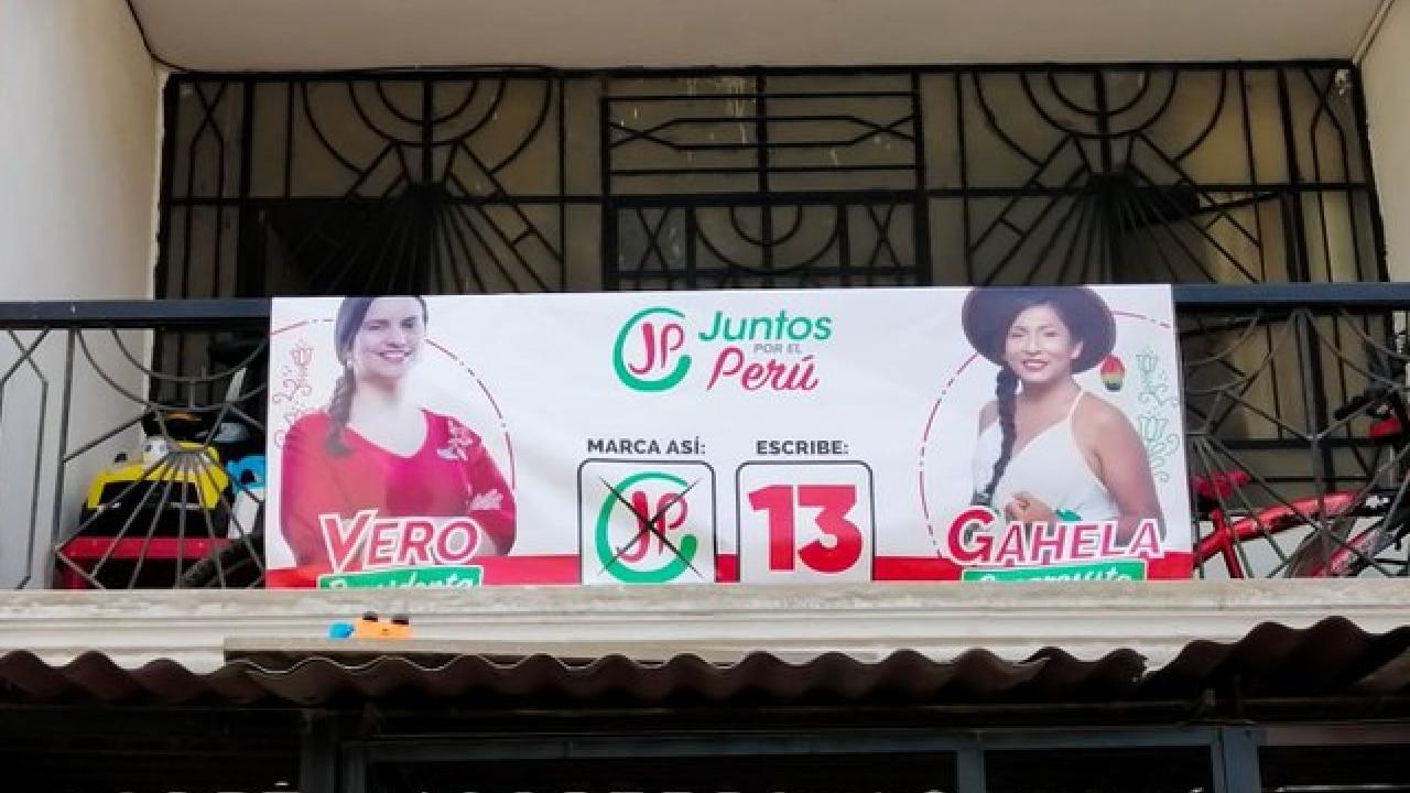 Gahela Cari trans indígena congresista de Perú