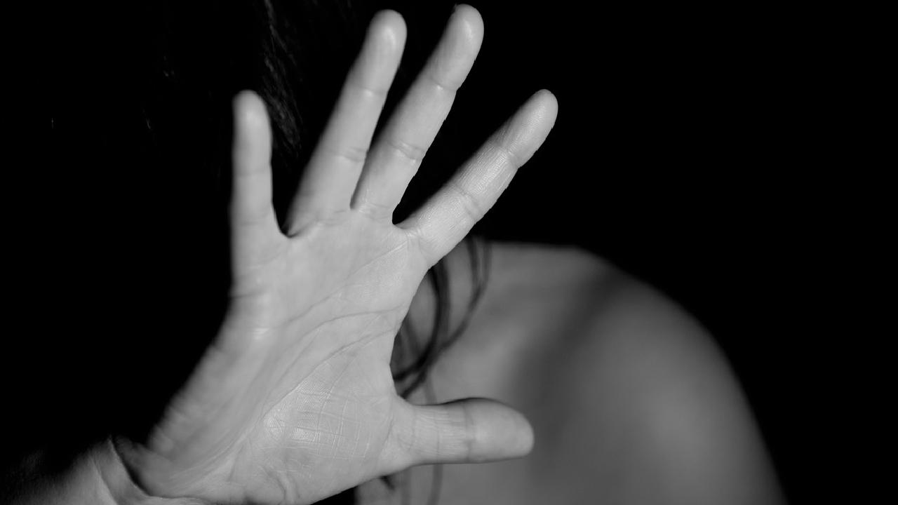 Video: hombre ápuñalo a su esposa y se intentó suicidar