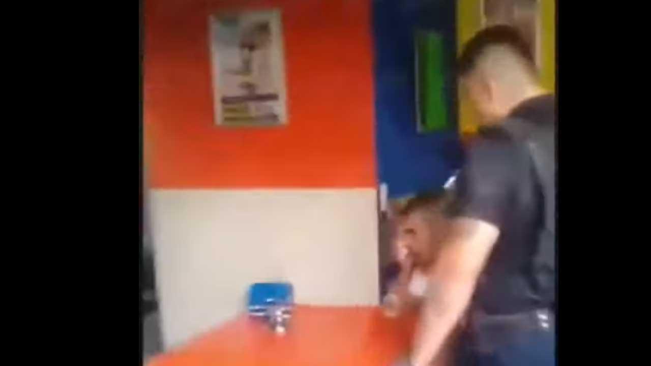 En Guadalajara, Jalisco, un hombre pierde un ojo luego de ser golpeado por la policía. En redes sociales circula un video sobre incidente